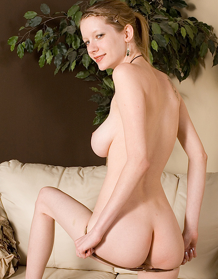 Amateur Teen Valentine Naked